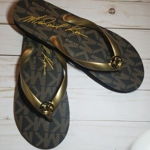 Michael Michael Kors Flip Flops NWOT size 10